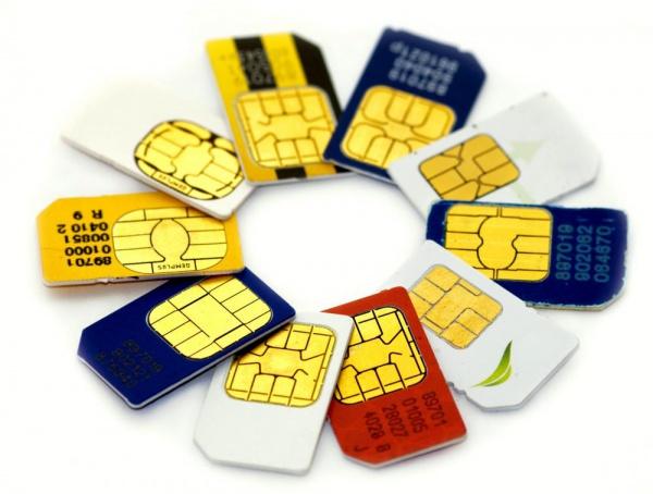 Путин подписал закон опроверке данных при продаже SIM-карт