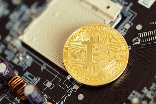 Хакеры нелегально  добывали биткоины наAmazon— специалисты