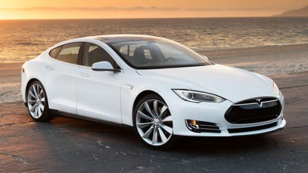 Tesla исправила слабое местоПО всвязи судаленным взломом