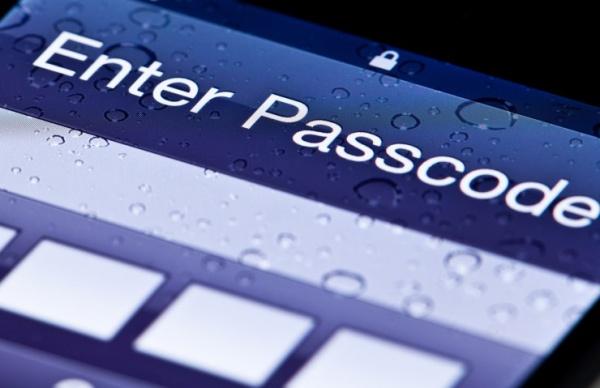 Хакеры могут угадать PIN-код нового телефона с 3-х попыток