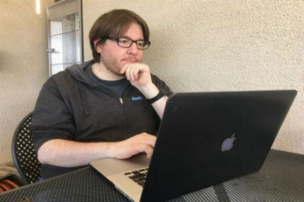 Экс-сотрудник новостного агенства Reuters получил срок за помощь хакерам