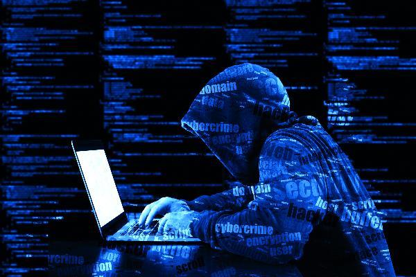 В Петербурге обезвредили банду хакеров-таксистов